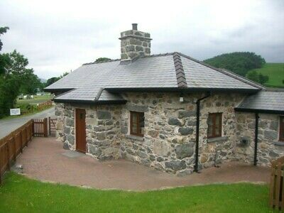 Holiday cottage near Bala Lake, Snowdonia Wales, sleeps 5 available Sept/Oct