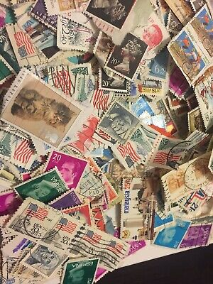 Worldwide Collection of 500 Different World Stamps 15