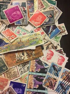 Worldwide Collection of 500 Different  World Stamps 11