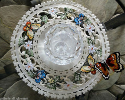 """Doily Butterfly Lace Butterfies & Daisies Flower 11"""""""