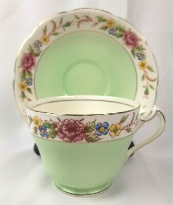 Balfour Royal Crown Tea Cup and Saucer Set Mint Green with Flowers Gold Trim EUC