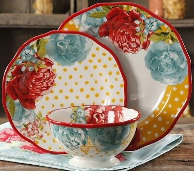 The Pioneer Woman Blossom Jubilee 12-piece Dinnerware Set Service for 4