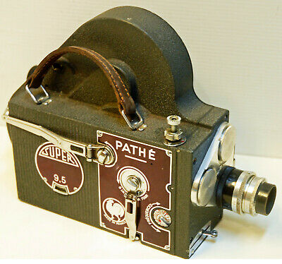 "CAMERA PATHE WEBO "" modèle SUPER 9,5 "" - 9,5 mm - 1946/1960 -N° 9400"