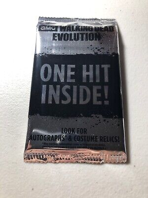 Topps The Walking Dead Evolution Hot Pack Guaranteed Hit!