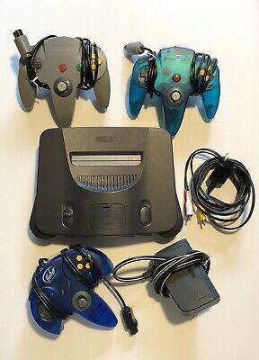 Nintendo 64 N64 Console Bundle With 3 Controllers Cords and Jumper Pak TESTED