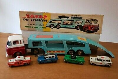 Red China Tin Toy Friction Blechspielzeug MF 868 Car Transport with four cars