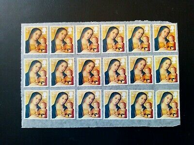 36 x 2nd Class Unfranked GB Christmas Stamps on Easy Peel Paper £9.99 Free Post