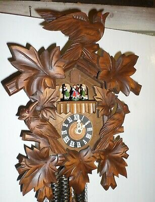 Nice German Black Forest Anton Schneider 2 Tunes Music Dancers Cuckoo Clock!