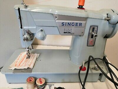 SINGER 357 SEWING MACHINE Vintage 1950s