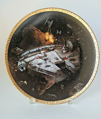 Star Wars Space Vehicles | The Millennium Falcon | Hamilton Collection Plate