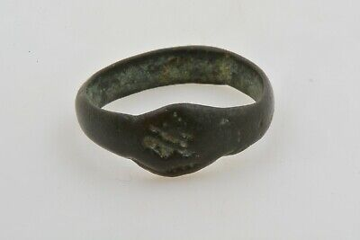 Roman Bronze ring emperor Titus era Clasped Hands 80 AD US size 6 1/2