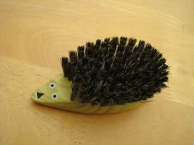 """New Small Wooden Hedgehog Clothes Brush 4"""" Long And 1.75"""" Across"""