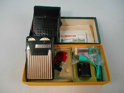 Vtg 6-Transistor Universal Pocket Hand Radio w/Box, Earphone, battery Eliminator