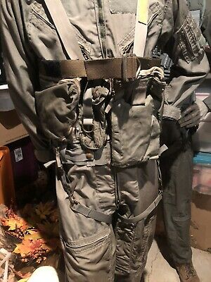 MILITARY AIRCREW SURVIVAL VEST HARNESS plusSurvival Guide.