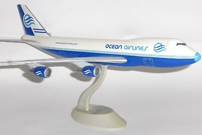 Boeing 747-200 Ocean Airlines Italy Lysia Collectors Model Scale 1:200 J