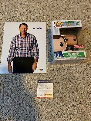 Funko Pop Al Bundy #692 Married with Children Target Exclusive And Signed Photo!