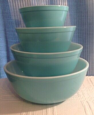 Pyrex Turquoise Blue Robins Egg Nesting Mixing Bowls 401 402 403 404 Set of 4