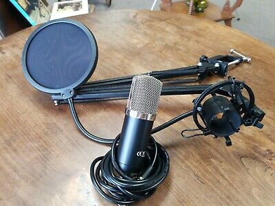 NEEWER NW-700 Studio Recording Condenser Microphone Suspension Stand Clamp Kit