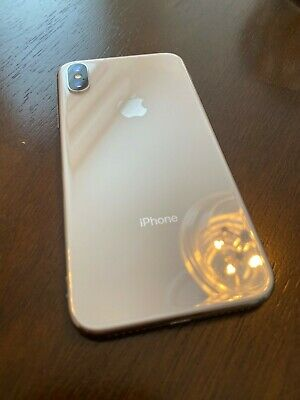 Apple IPhone X 256gb White Unlocked  w Case *Screen Cracked Still Works Good *