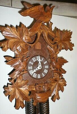 Lightly Used Unusual German Black Forest Nest Chicks & Birds 8 Day Cuckoo Clock!