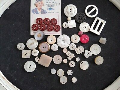 50 Antique Vintage Carved Mother Of Pearl Shell Mop Buttons - Old Lot