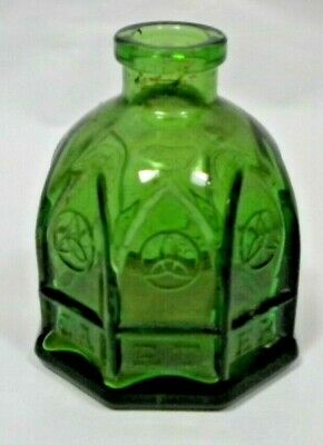 Carter's Green Glass Cathedral Ink Bottle Inkwell by Wheaton NJ ~ 8 sided