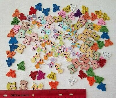 Lot Wood Kids buttons Crafting animal buttons Dogs Bears Butterfly (item#11)