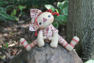 Vintage Hand-Made Primitive Raggedy Ann Button Eye Rag Doll Flower Outfit & Bow