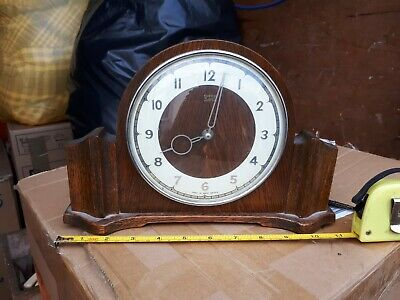 Smiths vintage retro Wooden 4 Jewels 8 Day Wind Up Mantel Clock - working