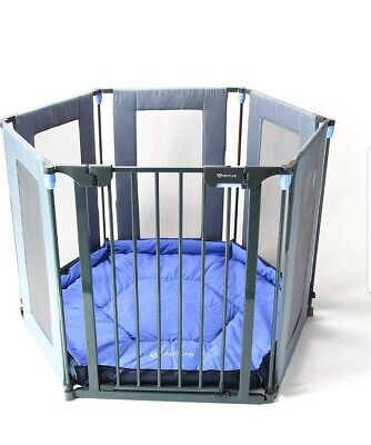 Baby Playpen 3in1 Hex, fire guard with room safety- gate.