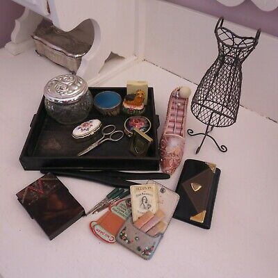 Mixed lot of vintage vanity items  HM st silver along with other bits and bobs