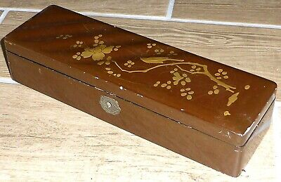 Stunning Antique Japanese Red & Gold Hand Painted Lacquer Box c1890