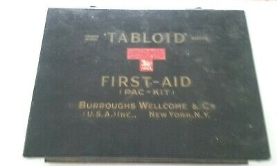 Vintage WWII US ARMY /civilian vehicle FIRST AID KIT ready for jeep / WC STOCKED