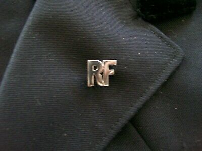 """Nsw Fire Brigade .. Nswfb  ..  Retired Firefighters Lapel Badge """"Rf"""""""