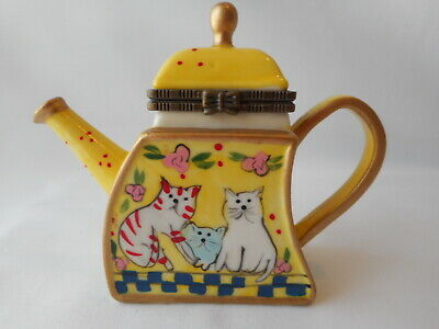 """Collectable Miniature China Teapot - """"Oswald Sealy"""" - Cats On Yellow"""
