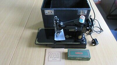 Vintage Singer Featherweight 221K Sewing Machine, Serviced, Attachments, Booklet
