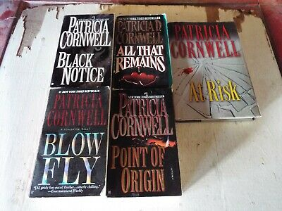 lot of 5   mystery by Patrica Cornwell C5
