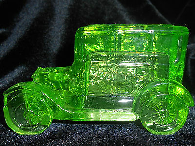 Green Vaseline glass Taxi antique Car / sedan uranium candy container ford glows