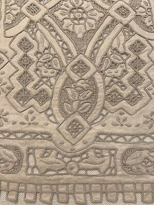 """Vintage Embroidered Madeira Cutwork Table Runner 41"""" x 13"""" Beautiful"""