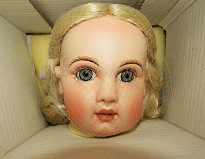 ANTIQUE REPRODUCTION TETE JUMEAU 28in ANNA PORCELAIN DOLL PATRICIA LOVELESS NRFB