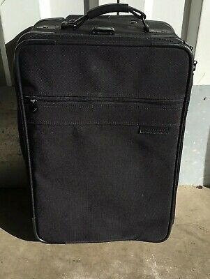 Briggs Riley Travelware 22 Wheeled Black Carry On Luggage Black