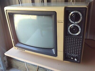 Vintage Sanyo Tv Ctp3611 Television - Retro White Telly Movie Prop Cafe Piece