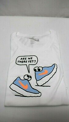 NIKE Girls' Sportswear are We There Yet Graphic Tee, 13-15YRS XL