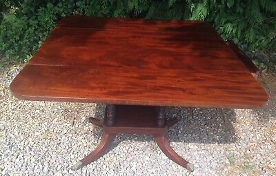 EARLY 19 th C. SOFA PEMBROKE DROP LEAF DINING TABLE MAHOGANY FLAME
