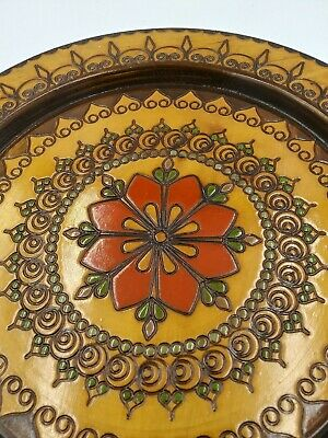Vintage hand carved wood plate stitched flowers inlaid round wall hanging floral