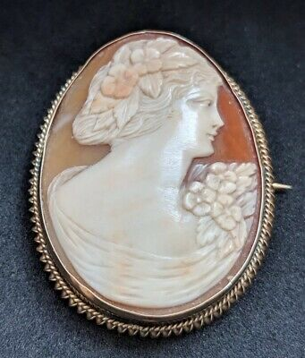 Large Antique Shell Cameo 18ct Gold Brooch Pin