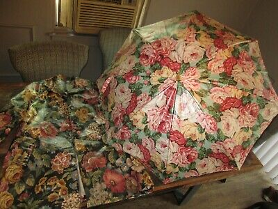 Amazing Vintage ESTATE NORDIC HOUSE Design Umbrella & Rain Coat Jacket Floral