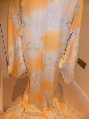 Pretty Vintage Japanese Peach/Palest Grey Clouds Komon/Kimono/Robe Washable MED