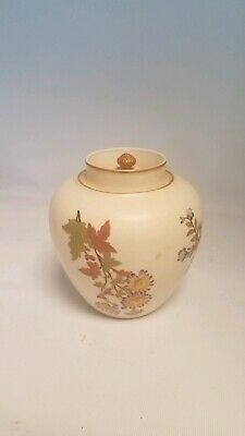 "1979 Antique Royal Worcester China 6"" Ivory Blush pot pourri Stunning Condition"