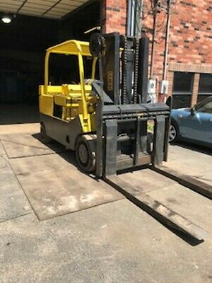 30,000 lb Capacity Cat T300 Forklift For Sale